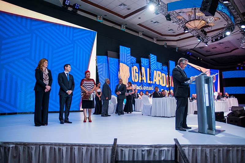 GALARDÓN NACIONAL A LA EXPORTACIÓN 2016